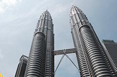 برای سفر به مالزی حتما این وسایل را در چمدانتان قرار دهید!