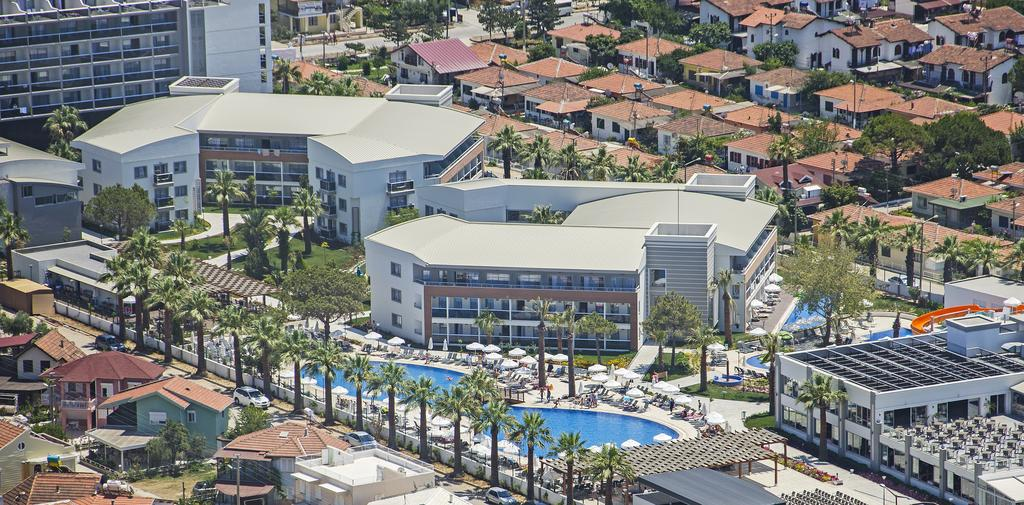 Palm Wings Beach Resort & Spa Hotel Kusadasi