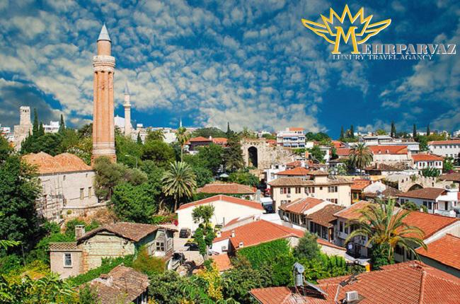در آنتالیا از شهر قدیمی دیدن کنید