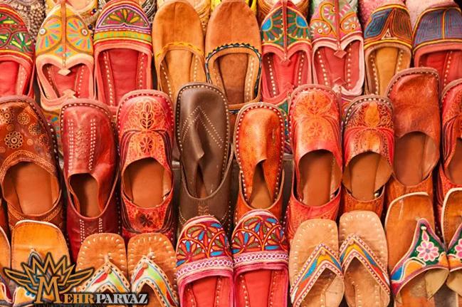 كفش مناسب براي سفر به هند