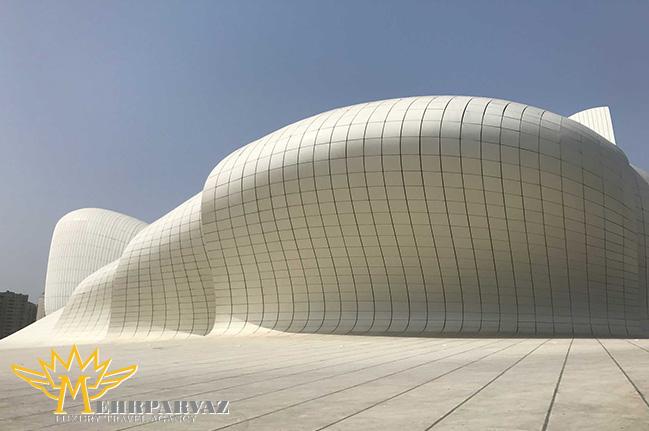 چرا باید از باکو در آذربایجان دیدن کنید؟