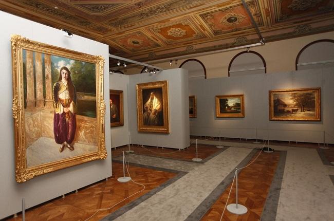 نما از موزه و نقاشی های کاخ دولما باغچه